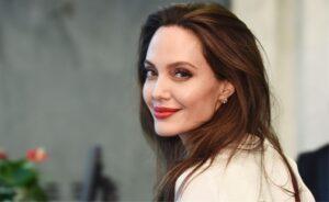 Angelina Jolie LIFE