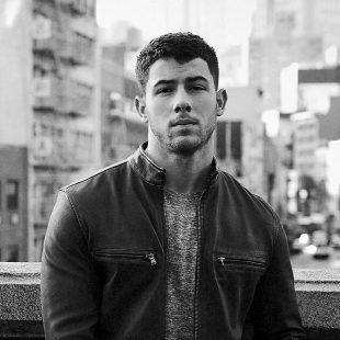 Nick Jonas Biography